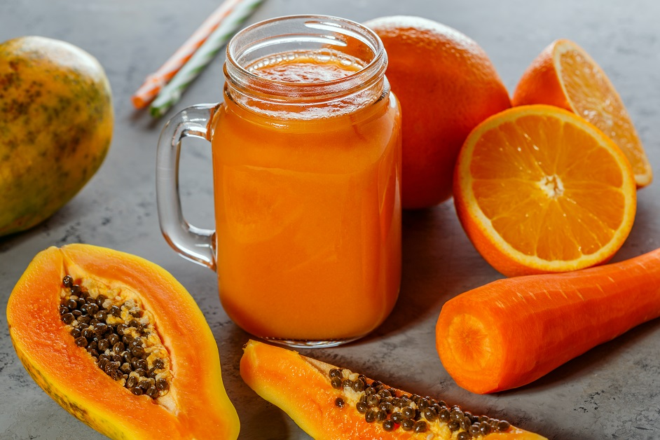 Mango, papaya & carrot smoothies recipe!