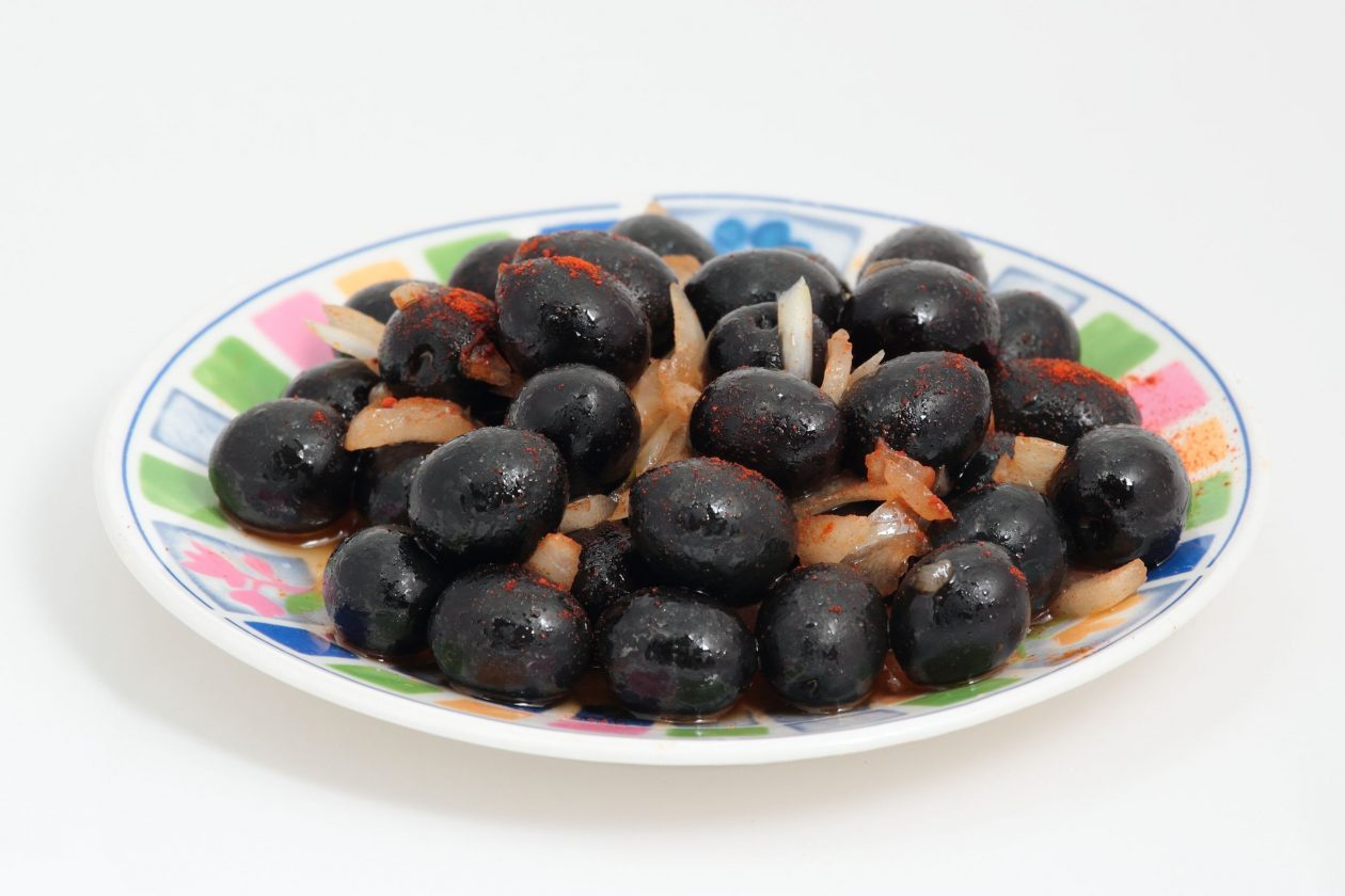 Goya black olives