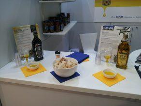 Productos Goya en el stand de la feria Fine Food Australia