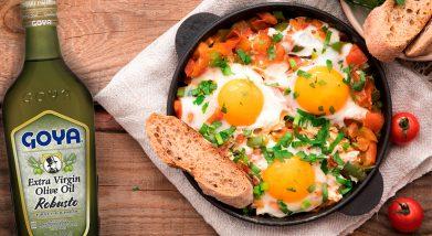 Eggs with tomatoes | guiso de huevos con tomates
