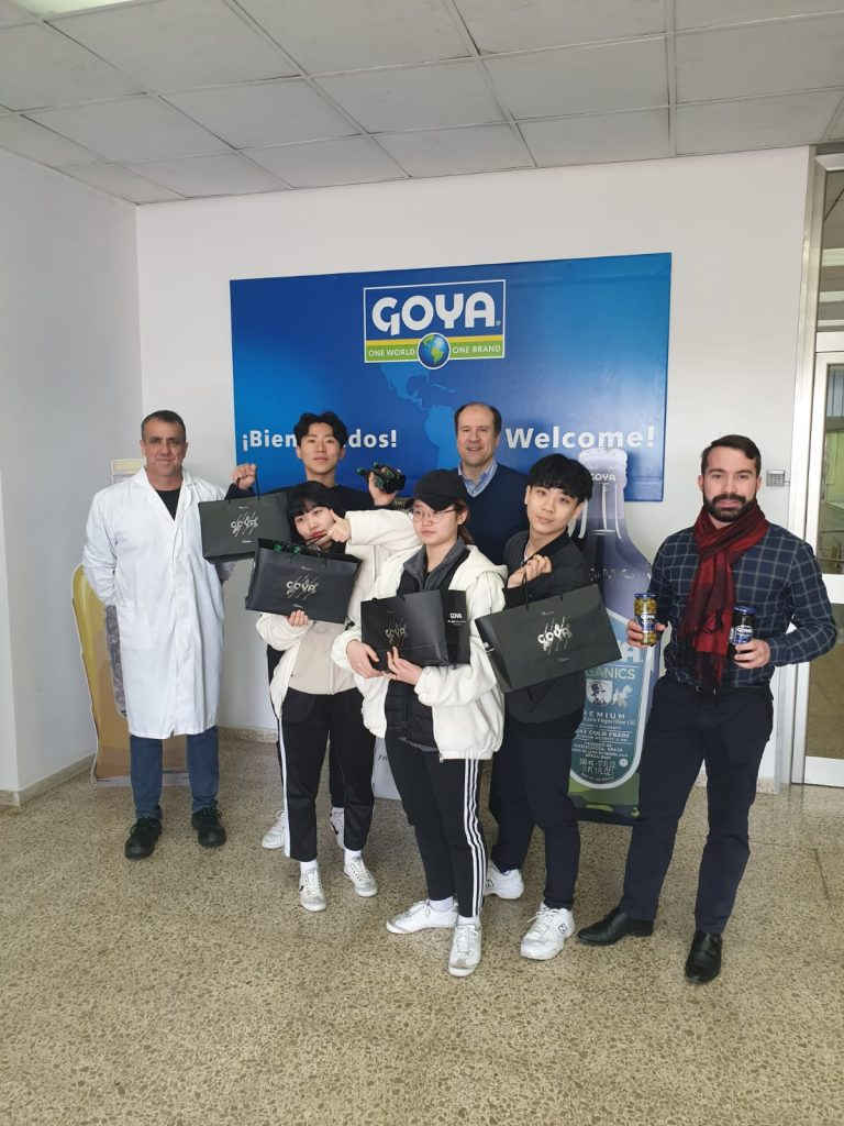 Korean national artistic Taekwondo visited Goya Spain factory