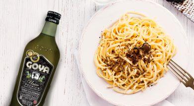 spaghetti with black truffle | espaguetis con trufa negra y queso parmesano